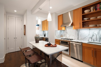 STUNNING 2BD/ 2BTH in Vibrant Chelsea